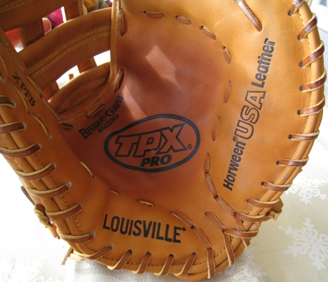 Bagwell Game Ready Tan Fielder's Mitt - Pocket View